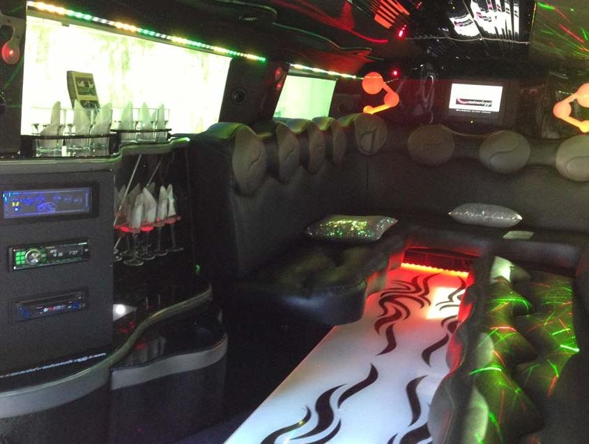 Hummer 8 Stretch Limousine Svizzera